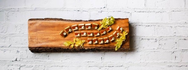 canapes_on_wooden_tray